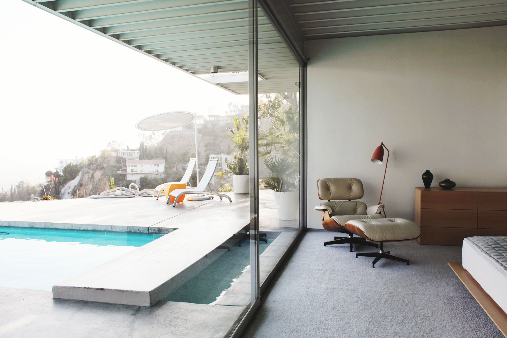 peggy-wong-photography_stories_belle-magazine_stahl-house_case-study-house-22_pierre-koenig_los-angeles_7989